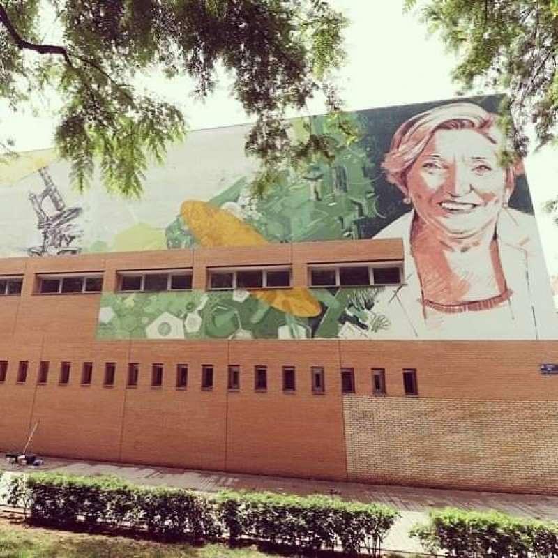 Pintura en homenaje de Ana Lluch. B. BUENO