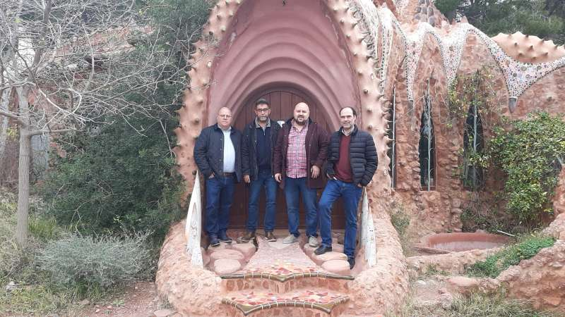 El alcalde de Gilet, Salva Costa, y el portavoz de Compromís, Felipe Aparisi, han recibido a Fran Quesada y Pep Nebot. EPDA