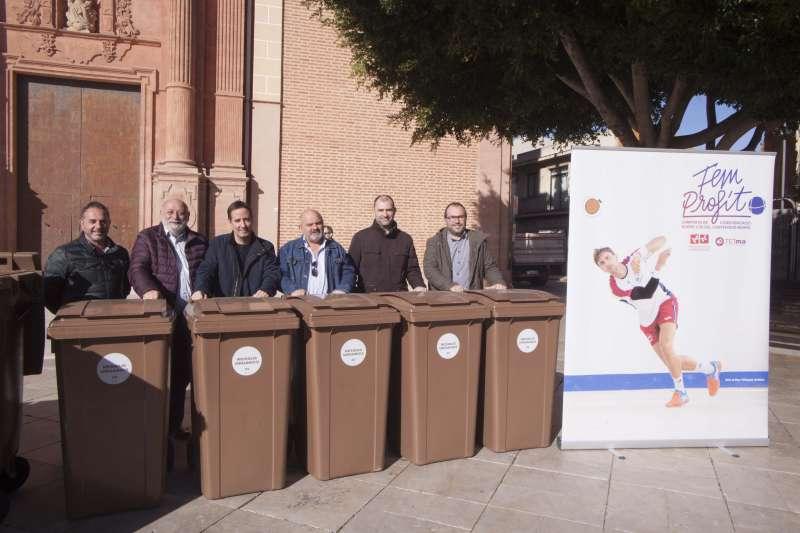 Presentación en Foios de los contenedores marrones de la campaña FEM PROFIT./EPDA