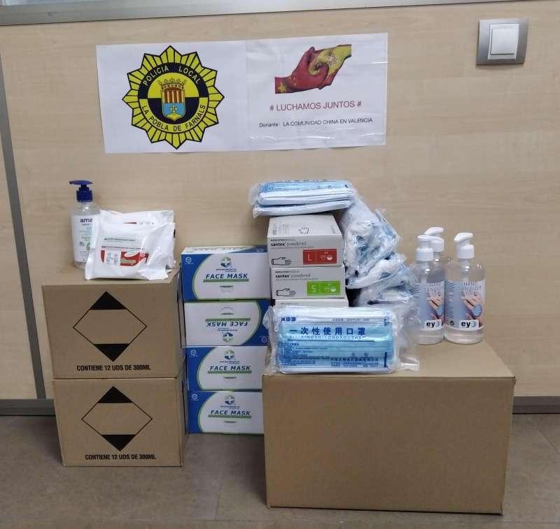Donació de material en La Pobla. EPDA