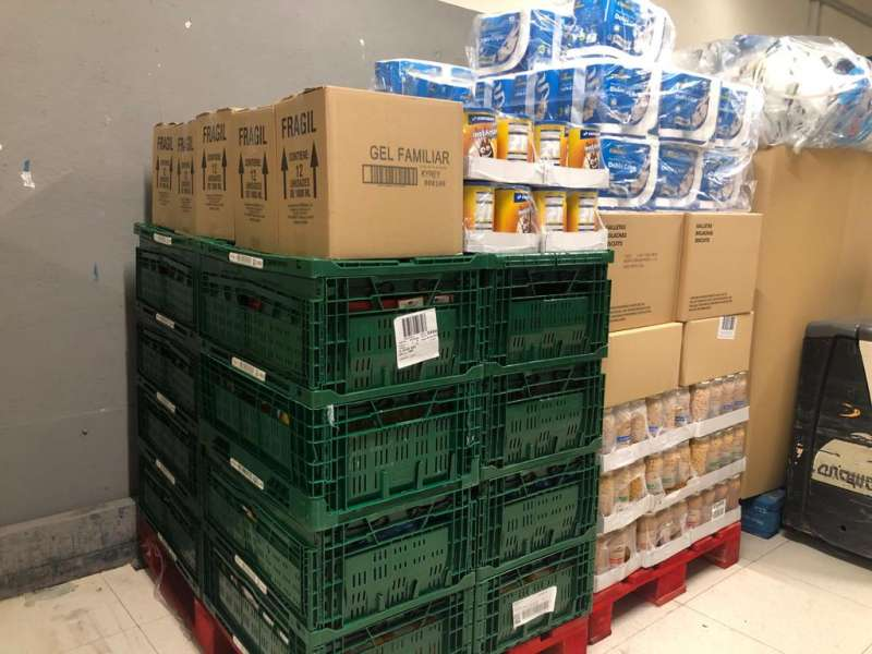 Alimentos no perecederos donados a la entidad. EPDA
