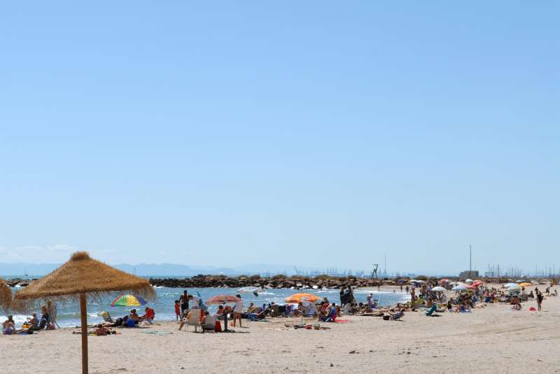 Imagen de archivo de una de las playas del Puig. EPDA