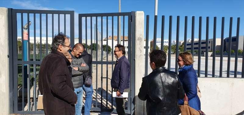 Visita a las obras de mejora del polideportivo de Benetússer. EPDA