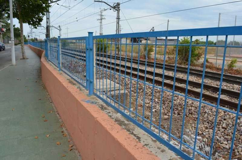 Picanya renovarà la tanca de la línia de metro. EPDA