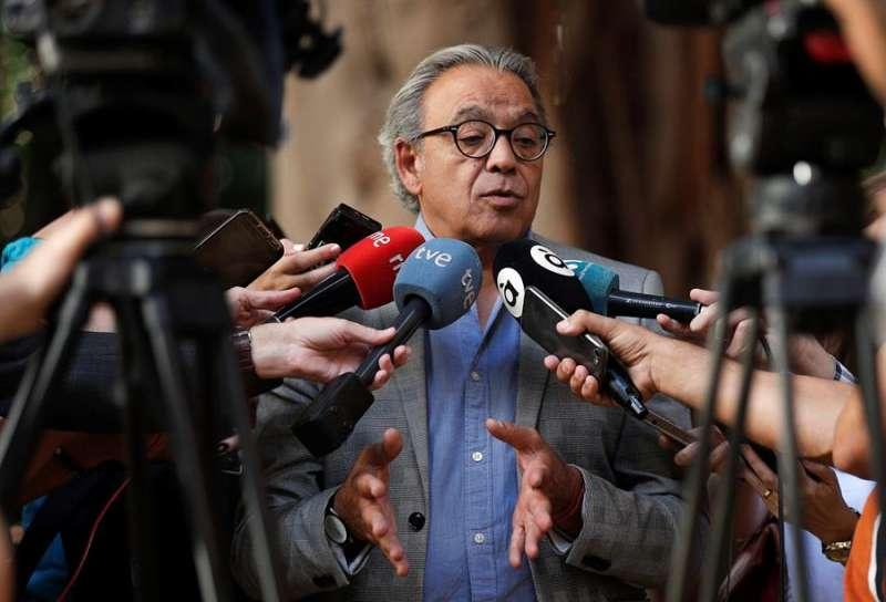 El síndic del PSPV en Les Corts y abogado defensor de los cargos socialistas procesados en el caso Alquería, Manolo Mata. EFE