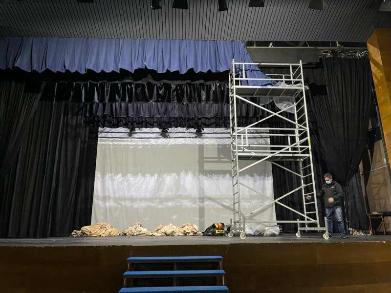 Actuación en el centro cultural de Massamagrell. EPDA