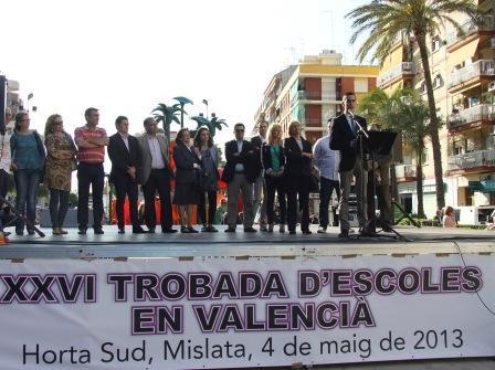 Mislata no había acogido nunca una Trobada d?Escoles en Valencià, pero el sábado por la tarde lo hizo y cumplió con éxito la organización. FOTO: EPDA.