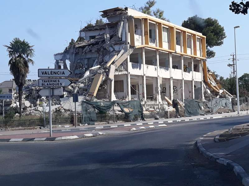 Edificio demolido en Almàssera. EPDA