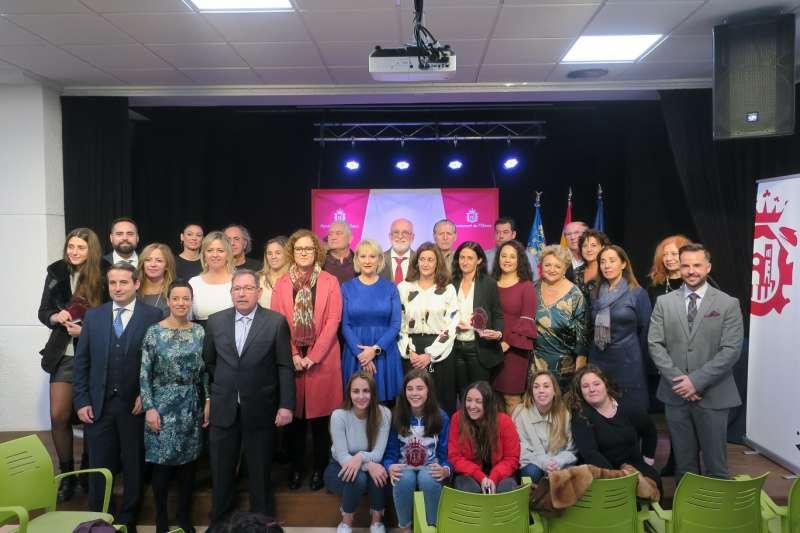 Foto de familia en la festa dels Premis Ciutadania 2019. / EPDA