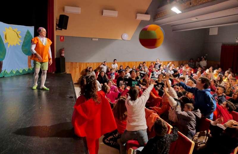 Obras teatreales de UPCCA para educar en favor de la salud. EPDA