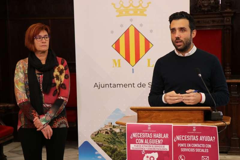 Asun Moll y Darío Moreno.