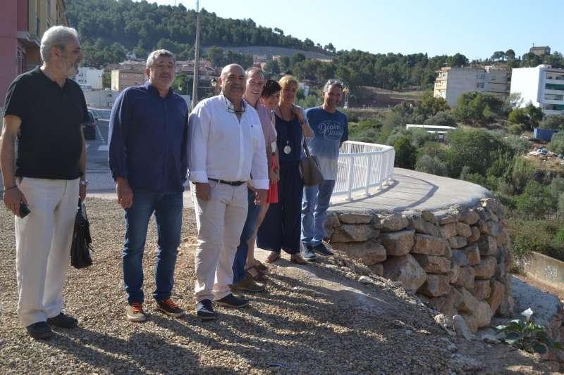 Visita del diputado provincial, Josep Bort, en la recepción de la obra este miércoles.