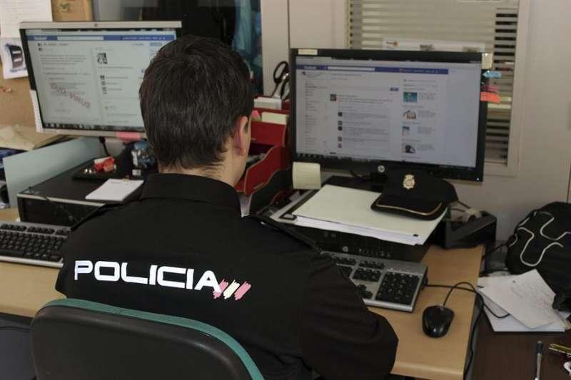 Fotograf�a de archivo de un Polic�a Nacional./ EFE