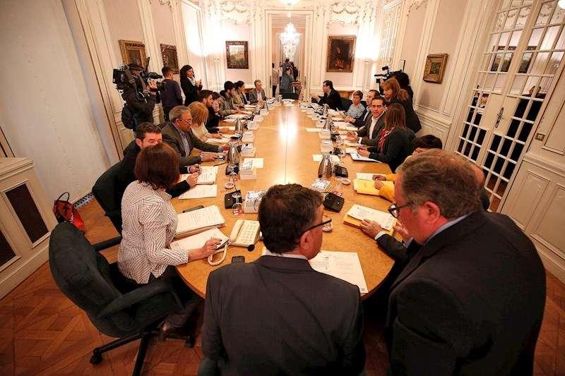 Imagen de archivo de una junta de portavoces de Les Corts Valencianes. EFE