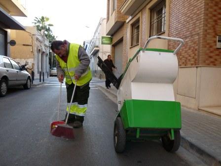 Uno de los trabajadores de Benesermu. Foto: EPDA.