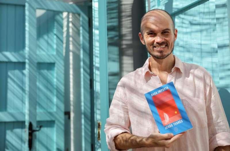 El periodista Jesús Terrés, presenta su primer libro de relatos