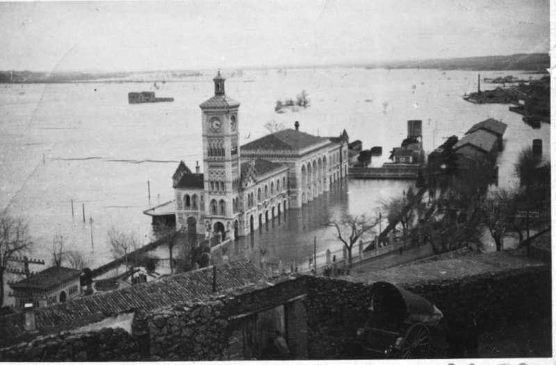 Las inundaciones han aumentado desde la década de 1940 y en particular en las últimas tres décadas. Estación del AVE en Toledo inundada en 1947. /TOLEDO OLVIDADO