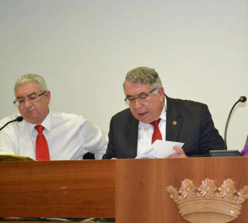 Salvador Vidal junto al ex secretario de Canet. EPDA