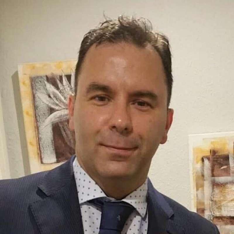 Enrique Lozoya de C