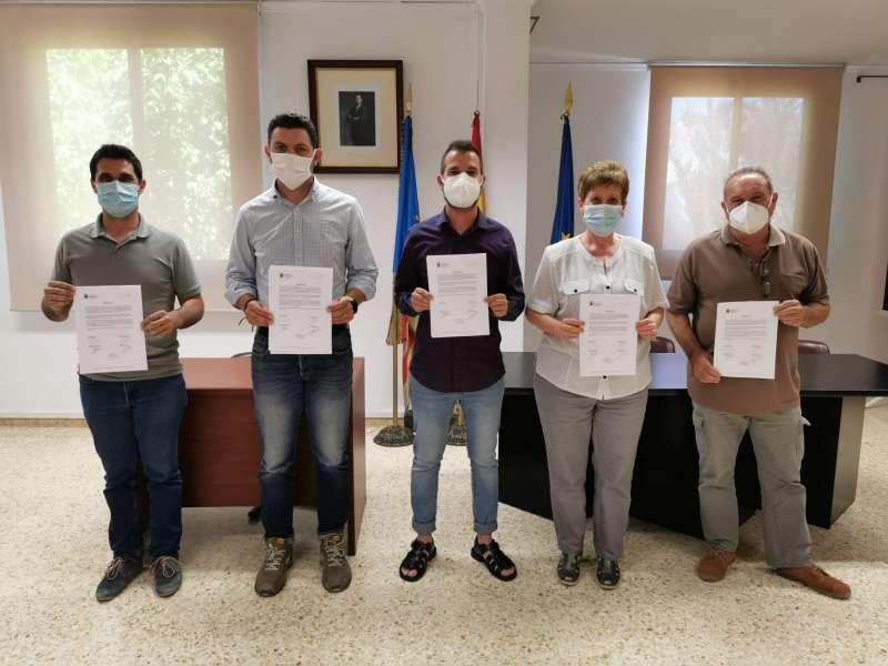 Firma del documento en El Puig. EPDA