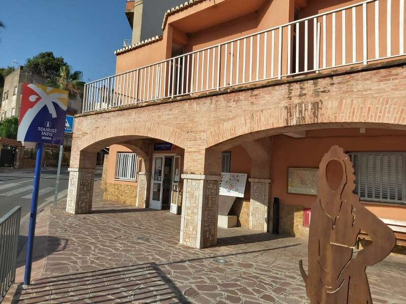 Tourist Info de Serra. / EPDA