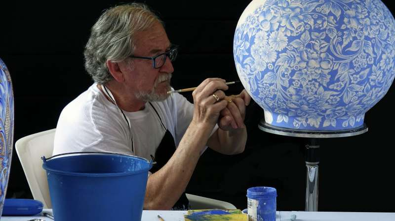 Una pieza de cerámica de Manises. EPDA