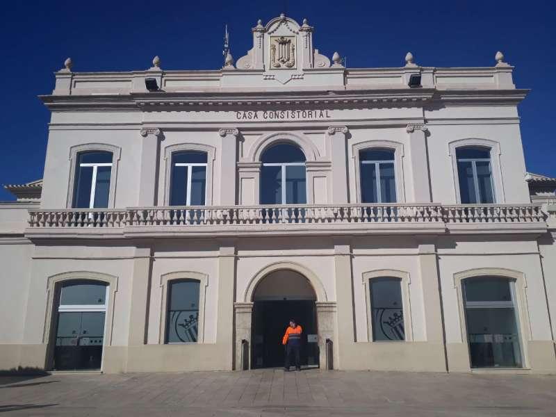 Fachada del ayuntamiento de Alfafar. EPDA