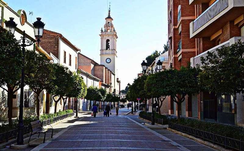 Una de las calles de Moncada. EPDA