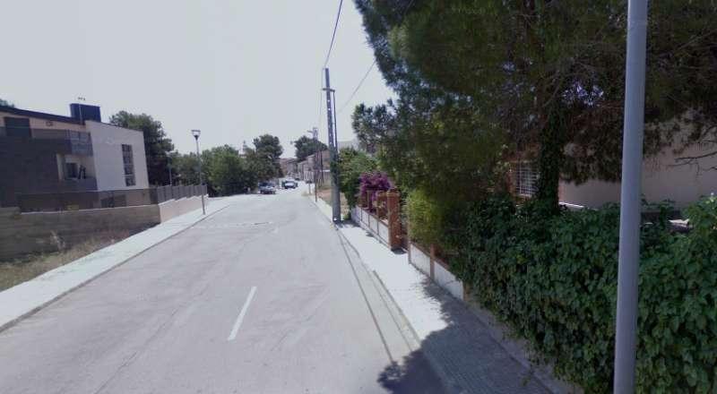 Una de las calles de Estivella donde se produjeron los robos. EPDA