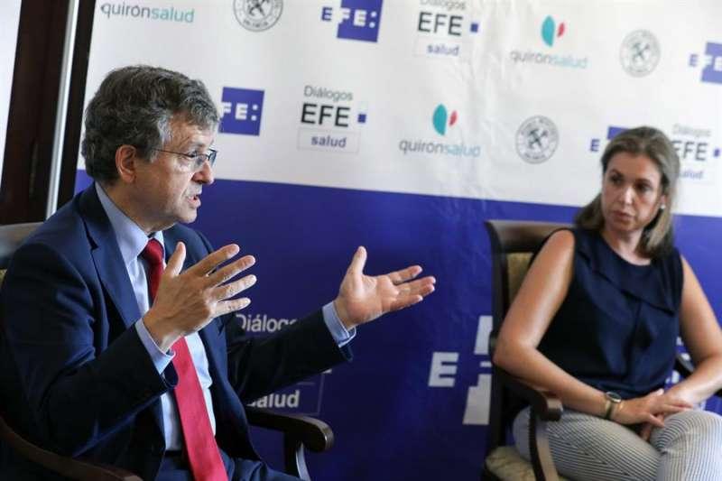 El especialista en Oncología de la Plataforma de Oncología de Quirónsalud Torrevieja, Manuel Sureda, durante los Diálogos EFE Salud: Oncología de precisión e inmunoterapia. EFE/Ana Escobar