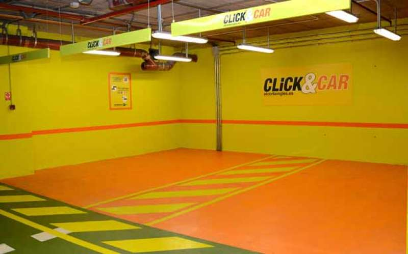 El servicio Click&Car de entrega en el aparcamiento funcionará también los domingos
