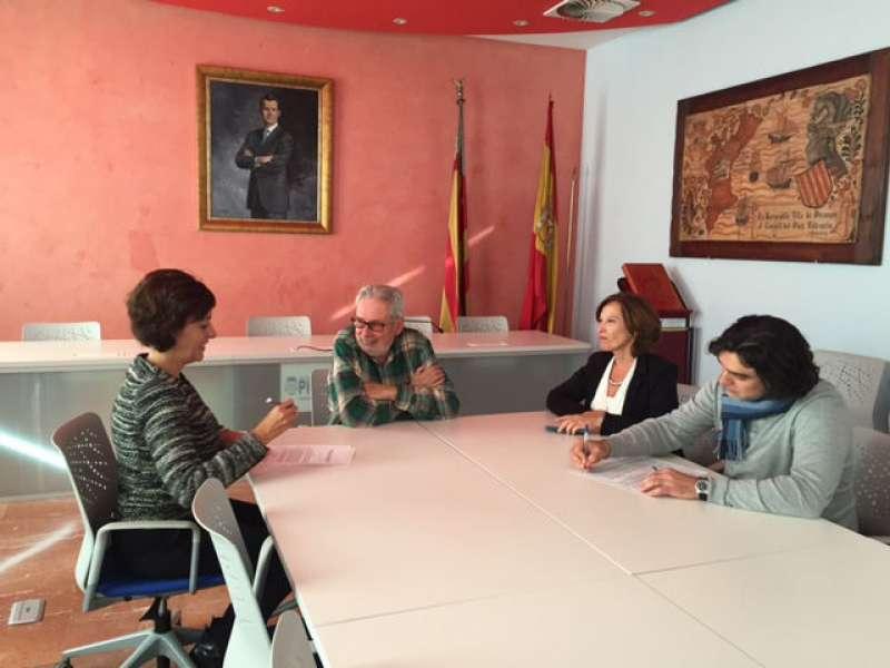 Firma del convenio entre el Ayuntamiento de Picanya y Florida Universitària. EPDA