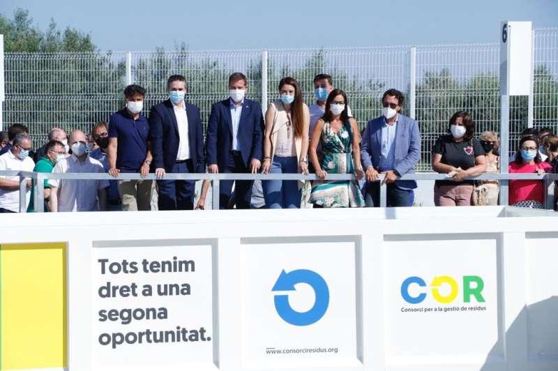 Maria Josep Amigó, junto a Mireia Mollá, el alcalde de Albaida, Josep Antoni Albert y el presidente de COR./PDA