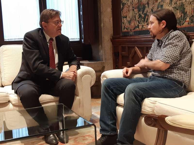 Pablo Iglesias en una reunión con Ximo Puig. FOTO EPDA