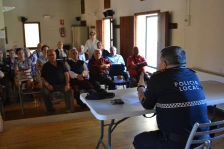 Imagen de la charla ofrecida. Foto: EPDA.