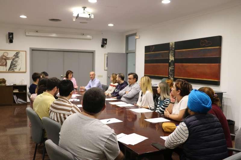 Reunión de la alcaldesa y el regidor con los comerciantes. EPDA
