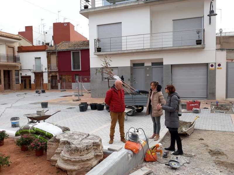 Visita a las obras de remodelación de la placeta del Castell de Museros. EPDA